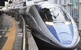 Tàu cao tốc Nhật Bản ngừng hoạt động do khách tự thiêu