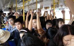 Đi xe buýt riêng cho nữ, tôi rất... xấu hổ
