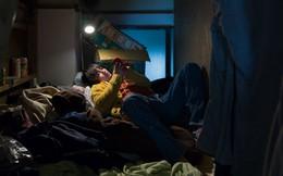 """Cuộc sống bên trong những """"khách sạn con nhộng"""" ở Nhật Bản"""