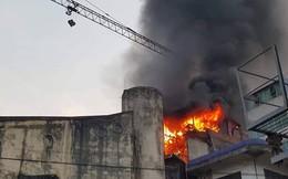 Hà Nội: Cháy lớn ngôi nhà 3 tầng tại đường Giang Văn Minh