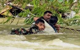 Mưa gây thảm họa ngập lụt, 280 người chết ở Ấn Độ