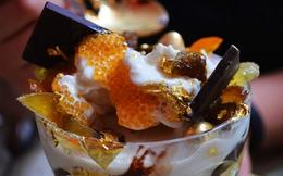Cận cảnh quá trình chế biến ly kem bằng vàng chỉ dành cho người siêu giàu