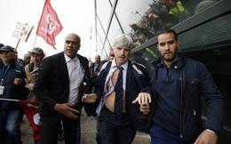 Air France: Nhân viên biểu tình xé áo lãnh đạo