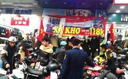 Hà Nội: Chen chân mua hàng giảm giá ngày giáp Tết