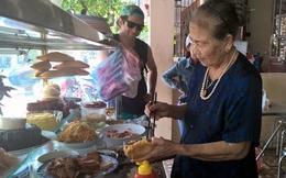 Những ông lão, cụ bà U80 Việt Nam được nhiều du khách quốc tế biết đến