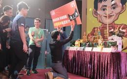 Ở Trung Quốc, Jack Ma mới là thánh!