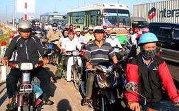 Thu phí xe máy: Nên dừng!