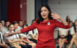 """Sài Gòn: Bạn trẻ Hàn Quốc, Myanmar """"nô nức"""" thi tuyển tiếp viên hàng không"""
