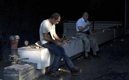 Hy Lạp: Thảm cảnh người cao tuổi đi rút lương lưu