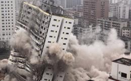 Trung Quốc: Đổ vỡ tứ tung
