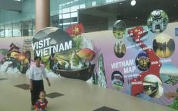 Bảng quảng bá VN tại Myanmar chú thích lăng Bác ở TP HCM