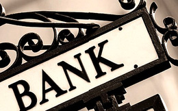 """Cuộc đua """"nước rút"""" thoái vốn khỏi ngân hàng"""
