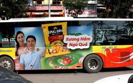 Hà Nội cấm quảng cáo dán tràn kính xe bus