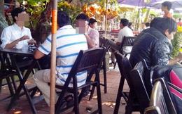 Kiểm tra công chức la cà tại quán cà phê