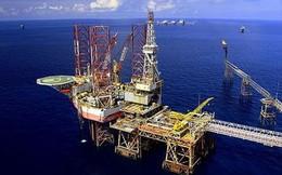 Việt Nam buộc khai thác thêm dầu vì giá giảm?