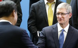 Vì sao Tim Cook được ngồi hàng đầu, sát bên Chủ tịch Trung Quốc và Tổng thống Mỹ?