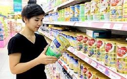 Bộ Tài chính nói gì khi nguyên liệu đầu vào giảm mà giá sữa trong nước vẫn đứng im?