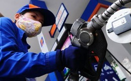 Giá xăng có thể giảm 1.000 -1.200 đồng/lít