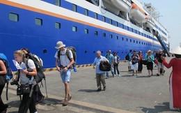 Thu phí thị thực du khách đến Việt Nam bằng tàu biển 5 USD/người