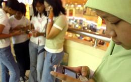 Indonesia đề xuất cấm trẻ em sử dụng điện thoại di động