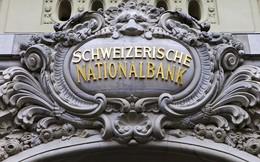 Ngân hàng Thụy Sỹ đã làm gì và vì sao khiến cả thế giới 'sốc'?