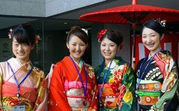 Thời phụ nữ Nhật chỉ được phép gật đầu chuẩn bị chấm dứt?