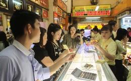 Ai mua vàng khi tỷ giá tăng vọt?