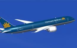 Nghẹt thở nhìn máy bay Vietnam Airlines cất cánh thẳng đứng