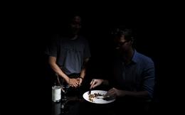 [NGHỀ CỦA TÔI] Nghề phục vụ nhà hàng bóng tối