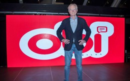 John Sculley - Cựu CEO Apple ra mắt chiếc smartphone giá chỉ 199 USD