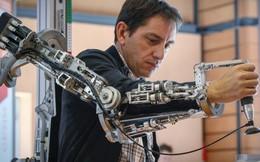 Với tốc độ phát triển công nghệ như hiện nay, ngày máy móc thống trị con người sẽ không còn xa?