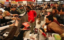"""6 kĩ năng buộc khách hàng phải """"khẩn trương"""" mua hàng của bạn"""