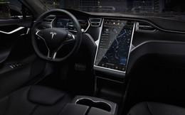 Xe Tesla S có thể lái tự động trong tương lai gần