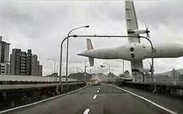 Cập nhập: Máy bay Đài Loan rơi khiến 12 người thiệt mạng