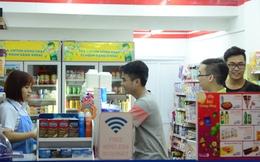 Thú vui đi siêu thị lúc nửa đêm của người trẻ ở Hà Nội