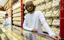 """Giá dầu giảm là """"Dấu chấm hết"""" các cửa hiệu vàng ở Dubai?"""