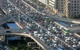 """Các """"đại gia"""" ô tô gặp """"hạn"""" tại Trung Quốc"""