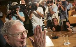 Warren Buffett cố gắng đầu tư nhiều tiền ra ngoài nước Mỹ