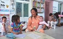Trung Quốc: Nuôi 75 trẻ mồ côi, nữ tỉ phú khánh kiệt