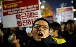 Áp lực đòi Tổng thống Hàn Quốc từ chức ngày càng lớn
