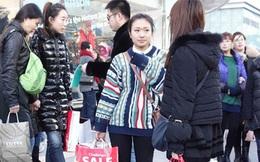 Du khách Trung Quốc tiêu tiền mạnh chưa từng thấy
