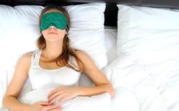 Có nên ngủ lại khi tỉnh giấc trước đồng hồ báo thức?
