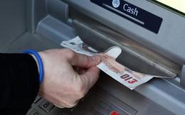 """Vụ lừa đảo thẻ tín dụng quy mô cực lớn tại Nhật và """"thế bí"""" của các ngân hàng"""