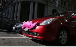 General Motors tính kế đối phó Uber, không ăn được thì... học tập