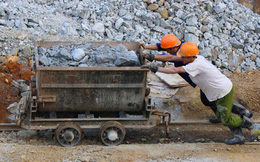 Mảng tối ngành khai khoáng