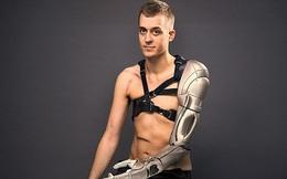 Chàng trai với cánh tay bằng thép này chính là Winter Soldier phiên bản thực