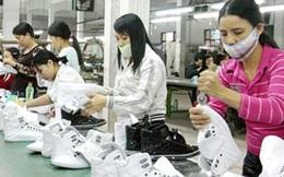 Tăng lương tối thiểu: Doanh nghiệp và người lao động cùng lo sợ?