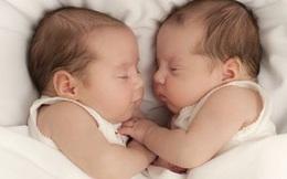 Cặp song sinh khác bố ở Việt Nam lên báo quốc tế