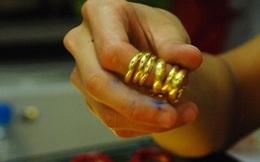 """Để 500 tấn vàng """"chui ra khỏi hũ"""""""