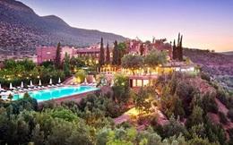 7 khách sạn tuyệt đẹp nằm... trên núi